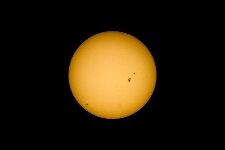 40 frame stack of the Sun at nov 21, 2014, 12.00 GMT+1, as seen from Enschede