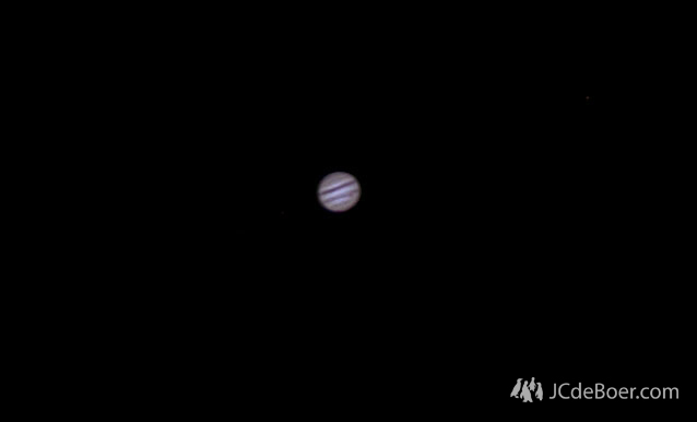 Jupiter captures with dslr on evening with pretty poor seeing (about 60 frames)